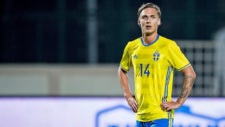 IFK Norrköpings Linus Wahlqvist under träningslandskampen mellan Sverige och Finland i Abu Dhabi januari 2016