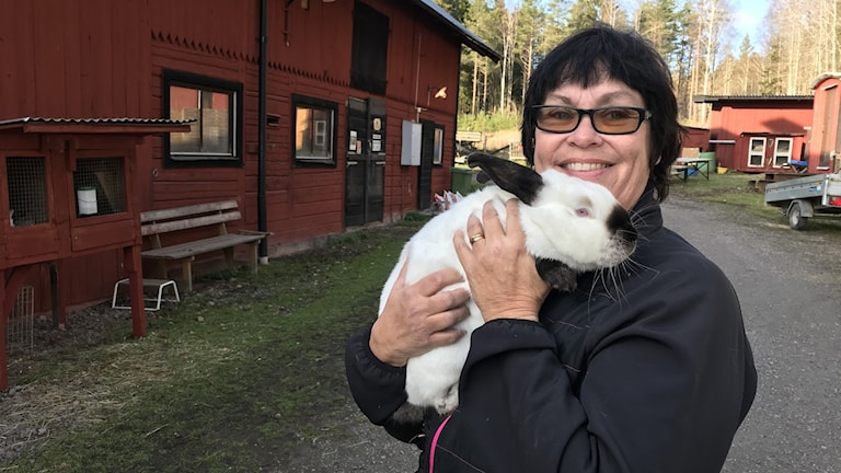 Kaninuppfödaren Ellinor Svensson.