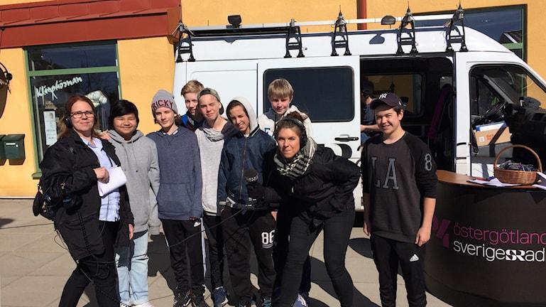Elever från årskurs 7 på  Ydreskolan.