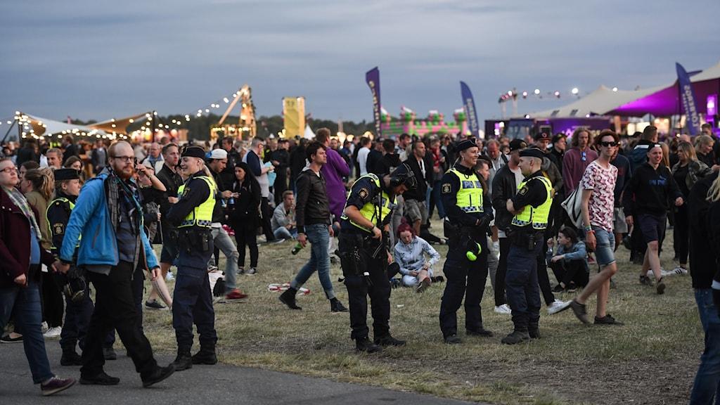 Festivalvimmel från Bråvalla.