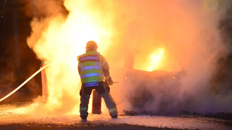 bilbrand i Åby.