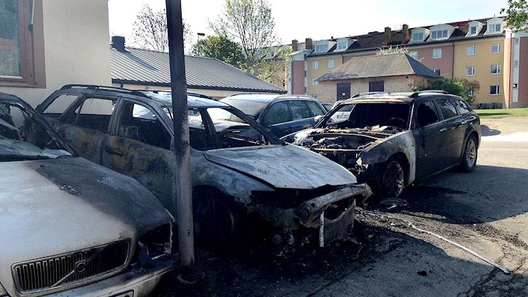 Brända bilar på Industrigatan i Linköping.