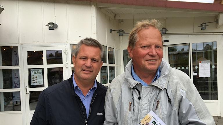 Ödeshögspolitikerna Jonas Andersson (M) och Jonny Ståhl (C).