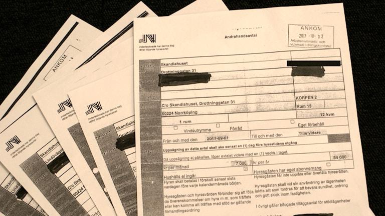 Hyresavtal skrivna på kommunens papper.