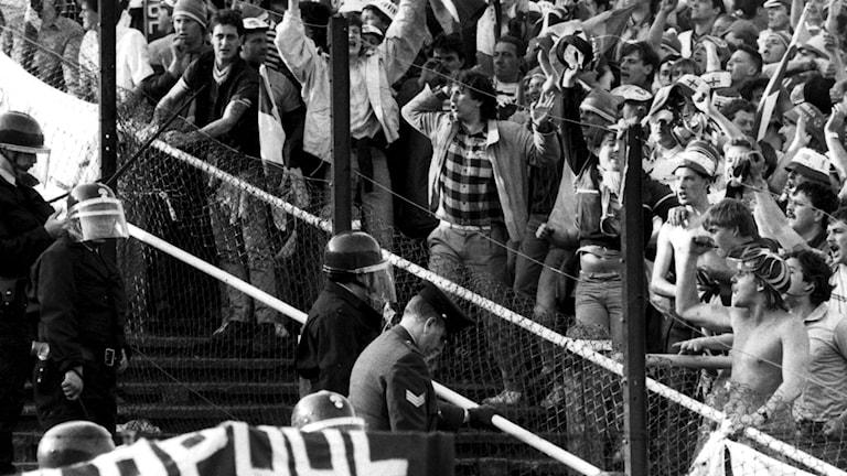 Bild från Heyselstadion där 39 människor miste livet 1985 efter bråk mellan Liverpool- och Juventussupportrar./TT