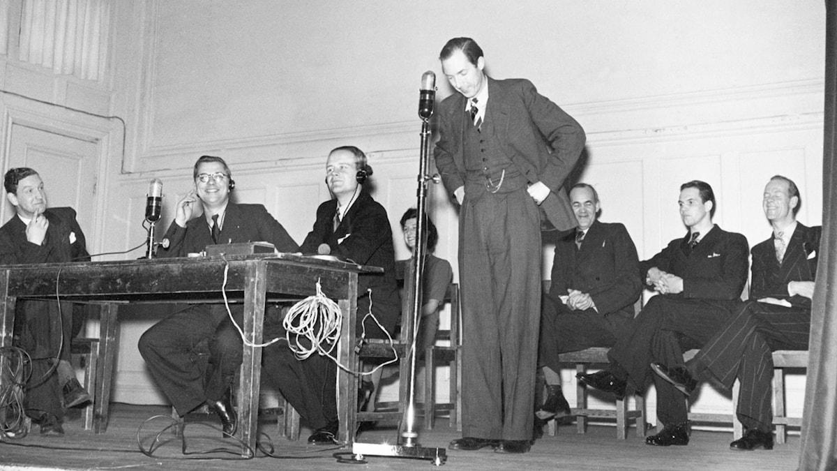 Frågesporten Vem vet vad 1942. SVT Bild.