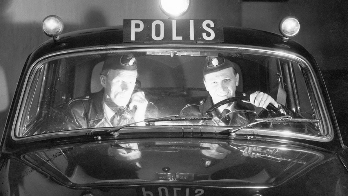 Polisbil. SVT Bild.