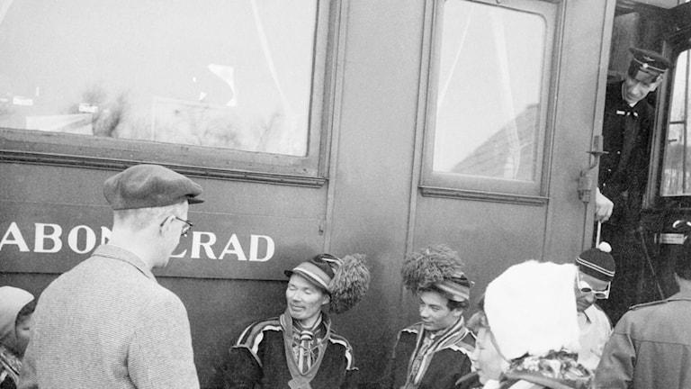 Jerring åker tåg. SVT Bild.