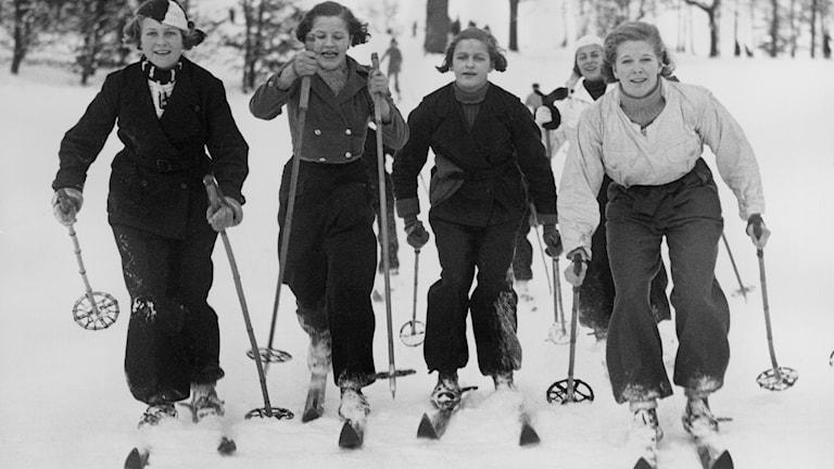 Radiofynd: Vintersporttåget går 1936