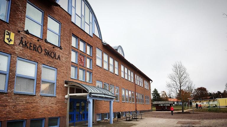 Högstadiet på Åkerö skola föreslås flyttas till Sammilsdalskolan som i så fall bara får elever i årskurserna 7-9.