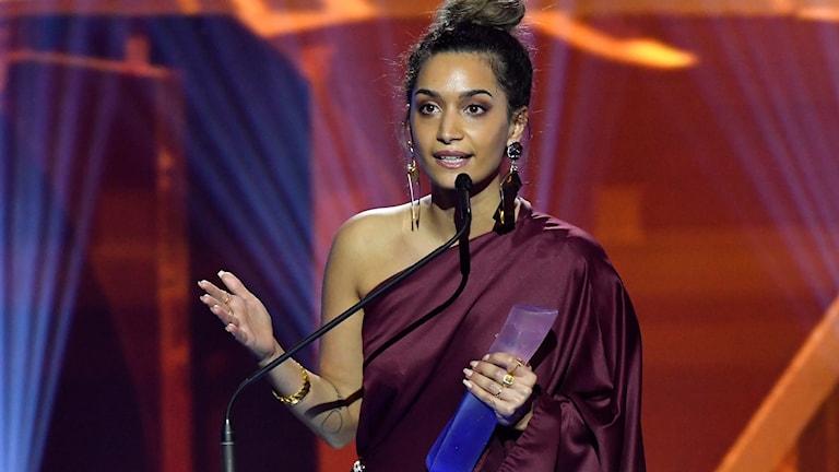 Rojda Sekersöz tilldelas priset Årets nykomling vid Guldbaggegalan 2018 på Cirkus i Stockholm.