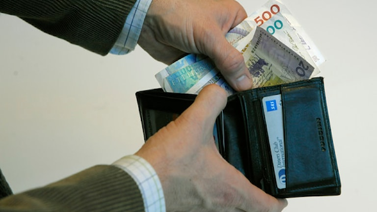 Utan regler som styr inköp och, ökar risken för att inköp blir dyrare än nödvändigt. Med ramavtal går det ofta att förhandla till sig rabatter. Foto: Leif R Jansson/Scanpix