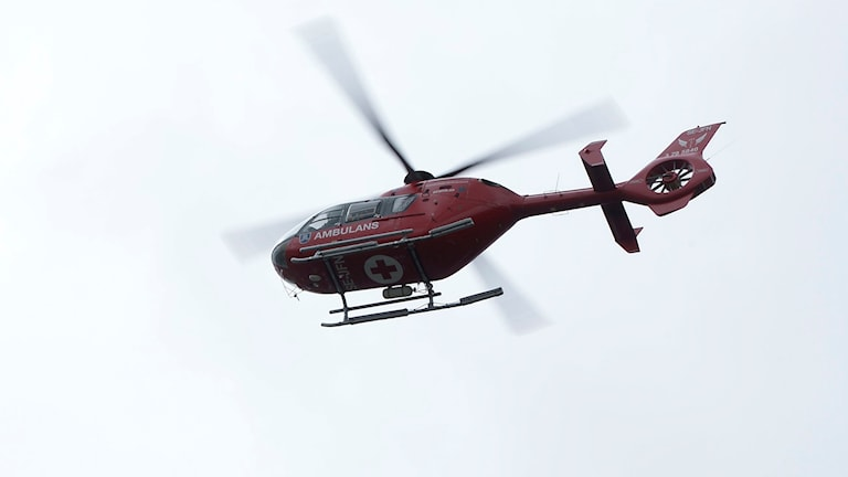 En ambulanshelikopter.