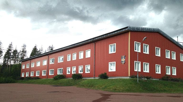 En av kasernerna på Trängslets skjutfält i Älvdalen, som under några veckor sommaren 2014 omvandlas till tillfälligt asylboende.