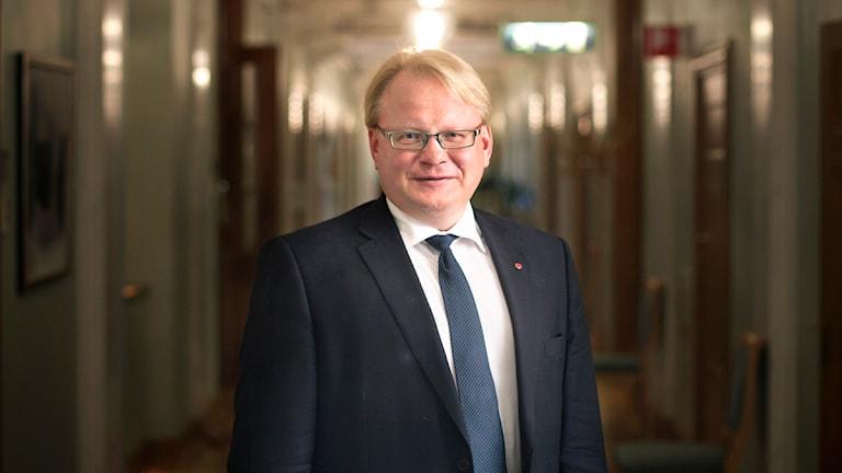 Försvarsminister Peter Hultqvist (S). Foto: TT.