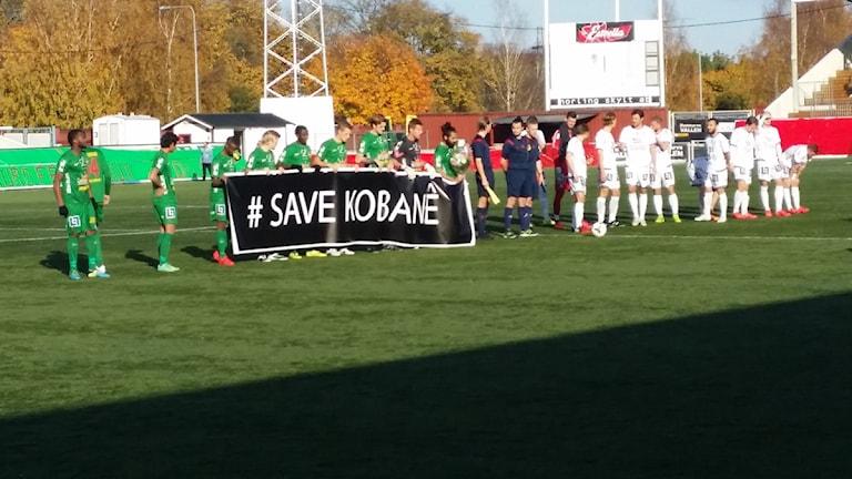 Dalkurd och Brage uppmärksammade situationen i Kobane under matchen