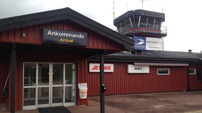 Avies fortsätter flyga på Mora flygplats
