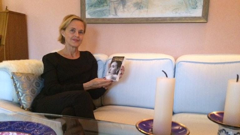 Författaren Annika Eisen släpper nya romanen Alfahonan. Foto: Sveriges Radio