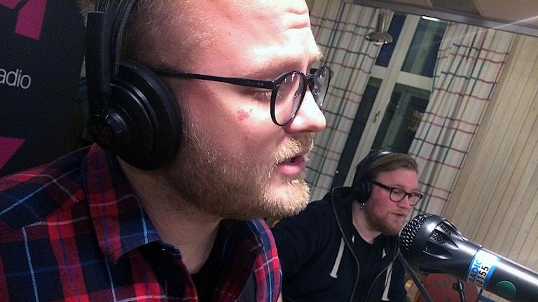Viktor Mattsson och Jonas Pietikäinen från Höstorkestern. Foto: Martin Eriksson / Sveriges Radio.