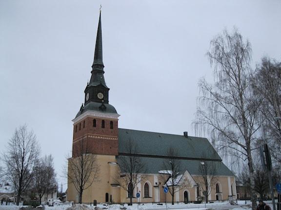 Mora kyrka har sprickor i taket. Foto: Anna Lindgren