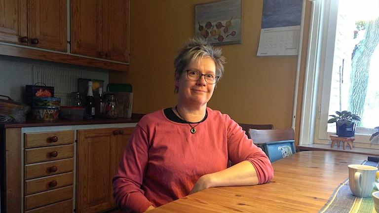 Lantbrukaren Anna Björs bröt ryggen i en arbetsplatsolycka.