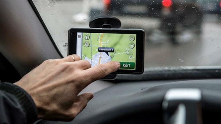 Det är framför allt med kartprovet för taxiförare som det fuskas. Foto: Anders Wiklund/TT.