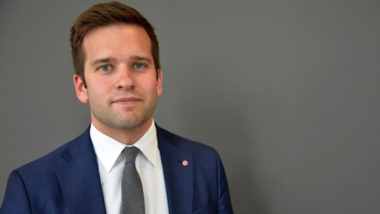 folkhälso-, sjukvårds- och idrottsminister Gabriel Wikström (S)