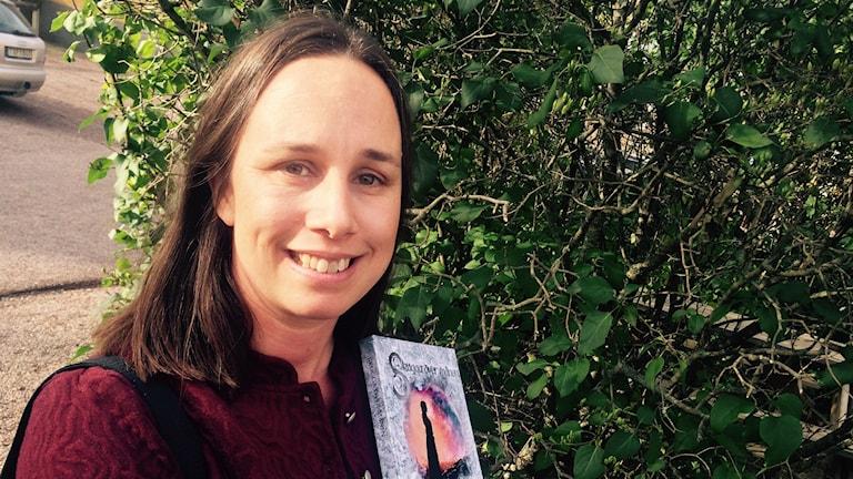 Annah Nozlin, författare från Borlänge. Foto: Martin Eriksson / Sveriges Radio.