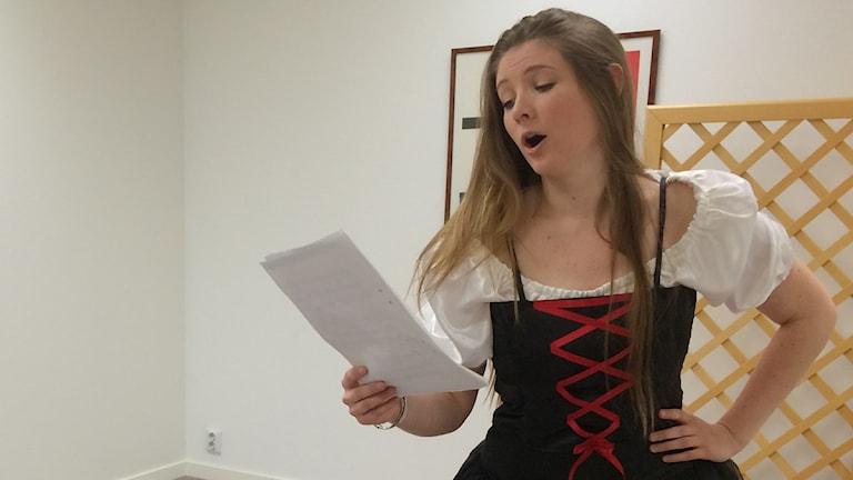 Elina Mattsson sjunger opera
