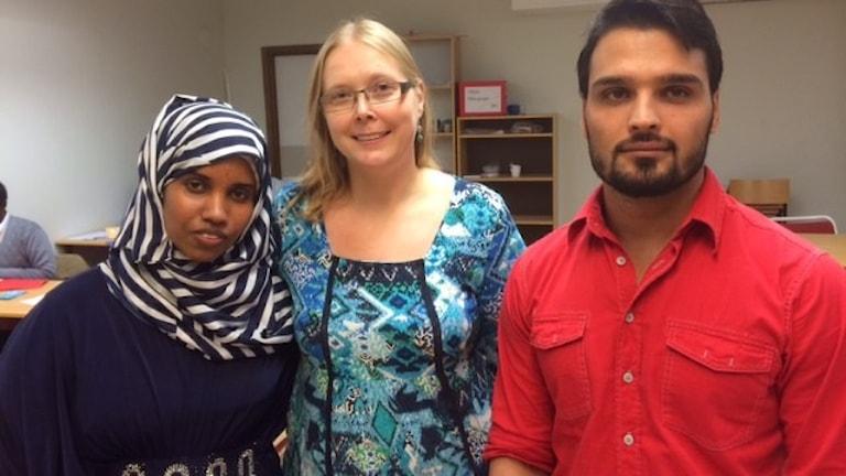 en tjej från Somalia, en SFI-lärare och en kille från Afghanistan