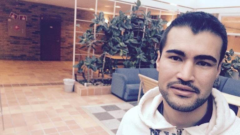 Hassan Moradi kom till Sverige som 16-åring för fem år sedan. Foto: Martin Eriksson / Sveriges Radio.