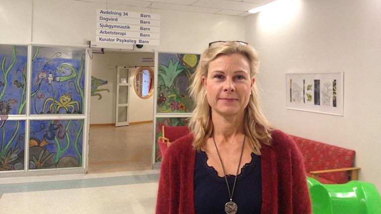 Bilden visar Anna Olivecrona, som är chef för barn- och ungdomsmedicin vid Falu lasarett.