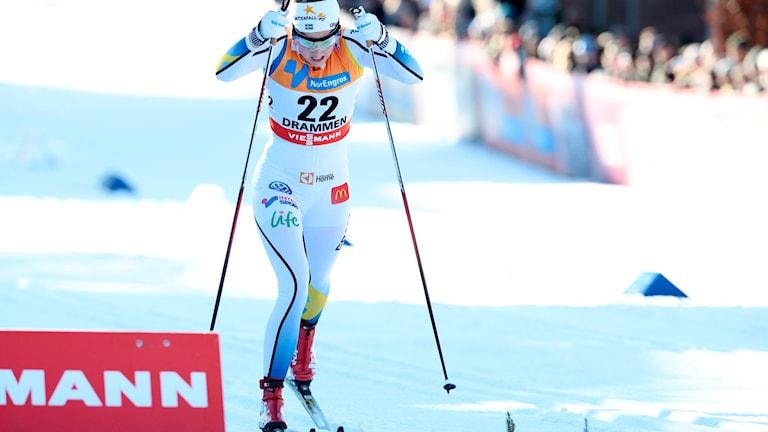 Bilden visar skidåkaren Stina Nilsson