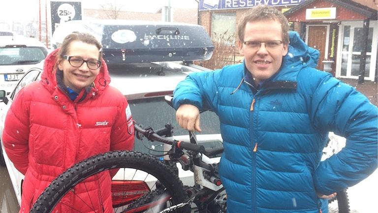 Anne-Li Lidman och Mikael Pettersson ska springa, cykla och åka Vasaloppet.