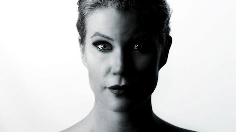 Dotty Blue aktuell med ny låt och video.