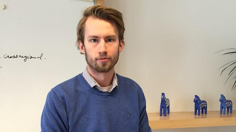 Bilden visar David Paulsson på Central Swedens kontor i Bryssel.