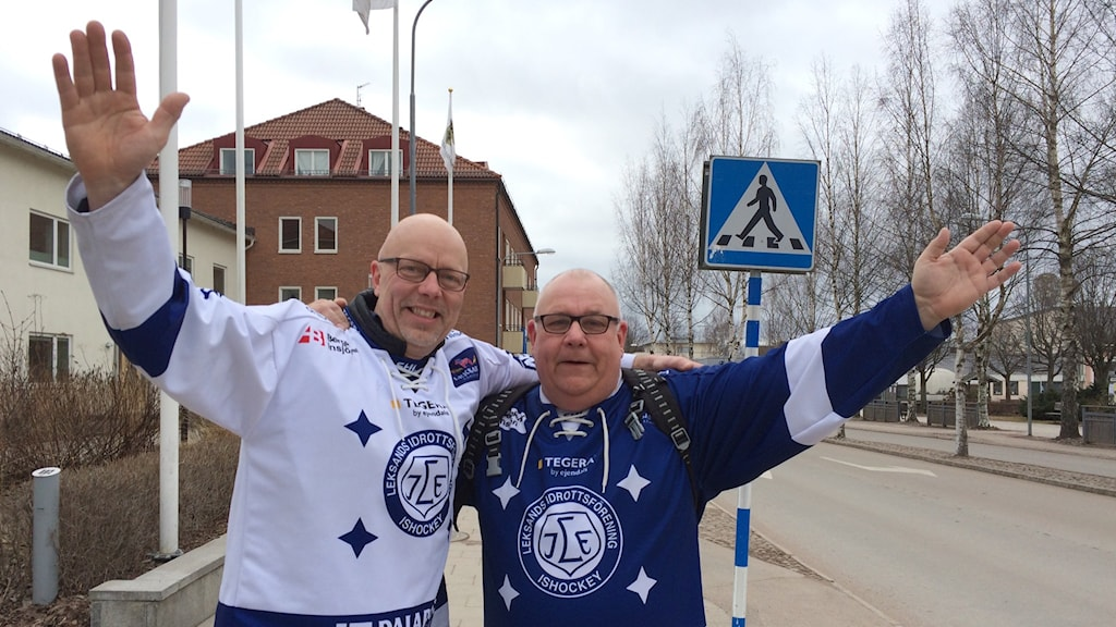 Micke Karlsson och PO Karlsson i blåvita Leksandströjor.
