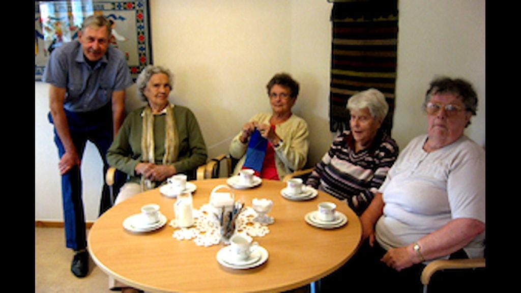 Motiverande samtal i äldreomsorgen – åhörarna på vårens FoU-café fick prova
