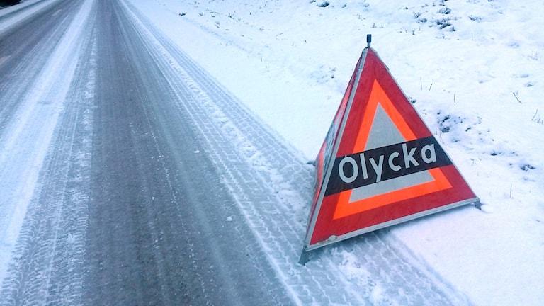 En bild på en skylt där det står Olycka