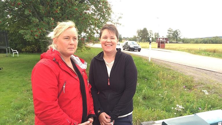 Två av många Nåsbor som kämpar för att få ner hastigheten på E 16 genom byn är, Fredrika Hult Pettersson och, Renée Petersson.