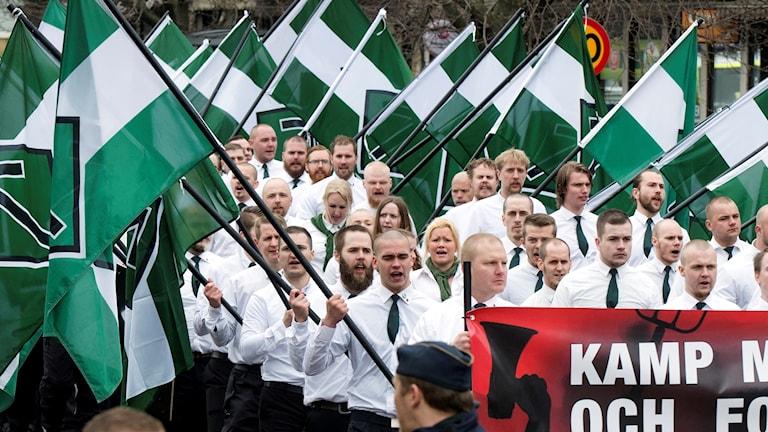 Nazistiska Nordiska motståndsrörelsens demonstration i Borlänge 1 maj 2016.
