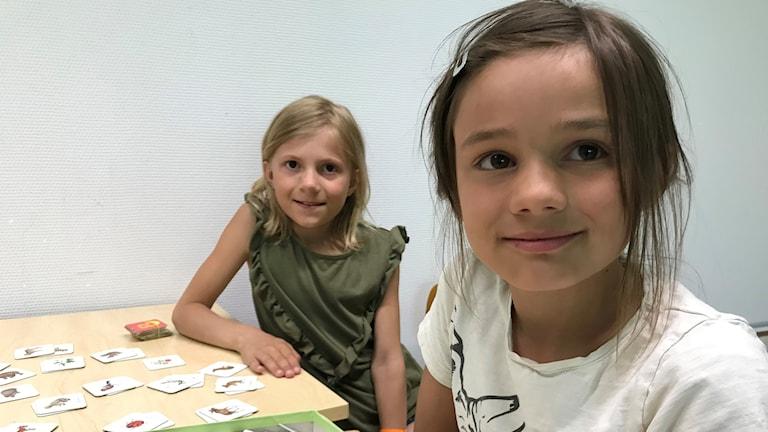 Olivia Löppönen ja Jasmine Puhakka
