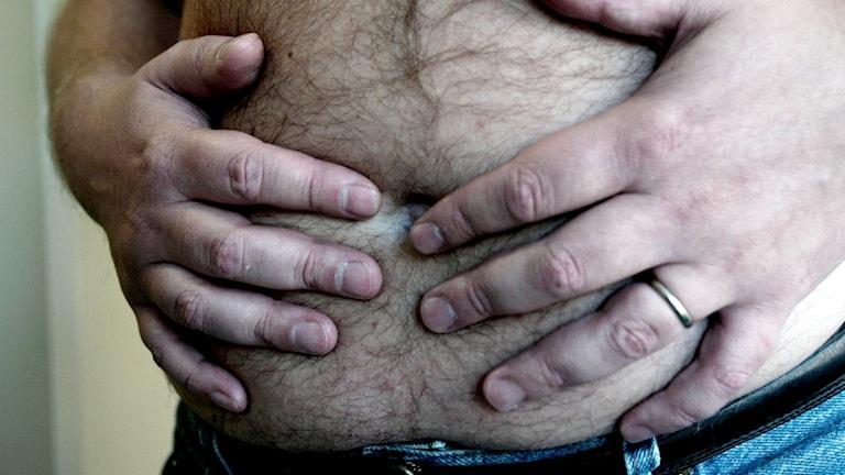 En överviktig man