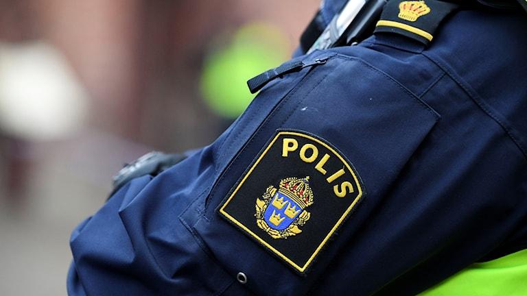 Bild på polisarm