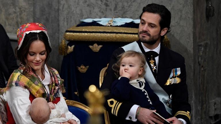 En bild på prinsparet under dopet