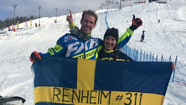 Vilka syskon, igår tog Adam och Marica dubbla guld i finska Levi.