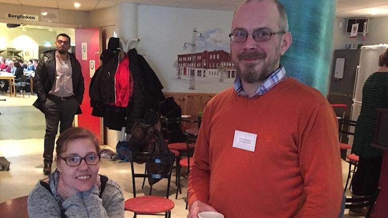 Linda Svärd och Johan Bergman från Tillsammansskapets lokalförening i Smedjebacken.