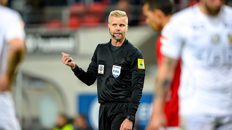 Glenn Nyberg, Allsvensk- och FIFA-domare är engagerad i unga domares utveckling.