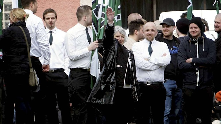 Nazisten Vera Oredsson bland Nordiska motståndsrörelsens medlemmar.