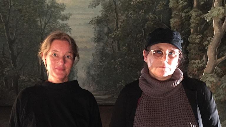 Pia Forsgren och Maria Lindal i Drottningholms Slottsteater.